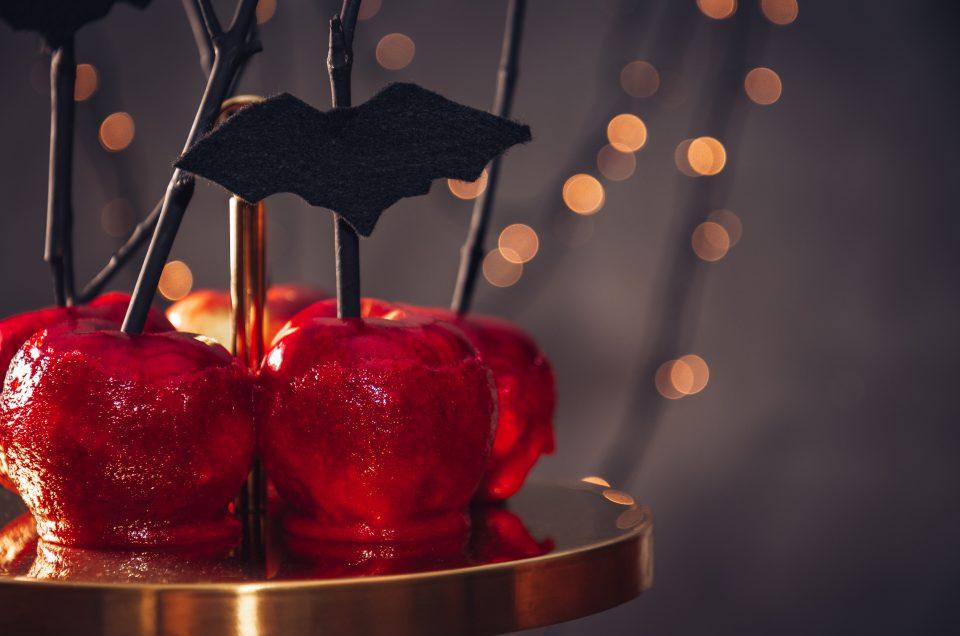 Apple-tising Ideas for a Halloween at Home